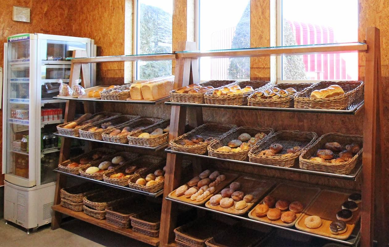 パン舎の店内